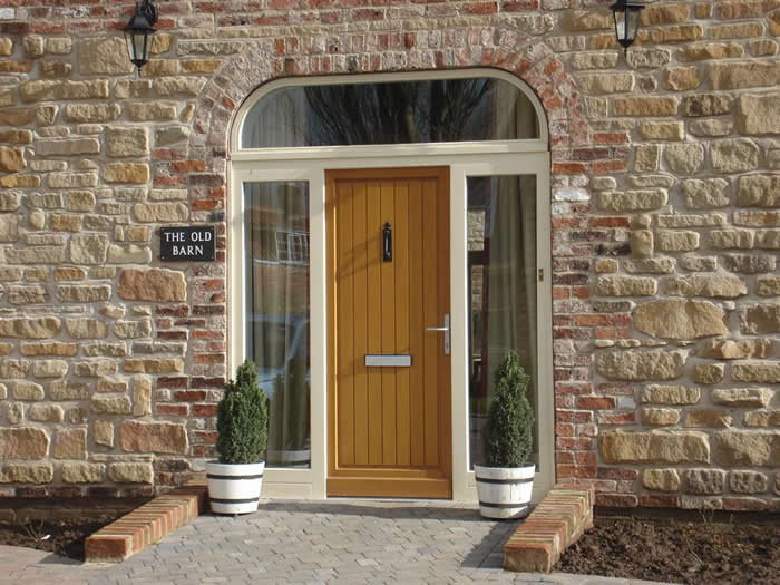 Front entrance doors milton keynes double glazing for Double door house entrance